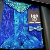 This beautiful Cashmere blend Ascot, belonging to the Fluidity collection Earth line, is an handmade tie. It is bespoken designed with fine chashmere blend. This arrangement makes the Ascot perfect for any event! Men's Accessories by Davide Cristofaro www.davidecristofaro.com  #davidecristofarofficial #fluiditycollection #menwears #art #fashion #design #madeinitaly #silk #cashmere #wool #foulards #ascot #ties #bowtie #handmade #accessories #luxurybrand #london #milan #apulia
